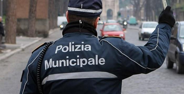 Tamponi per tutti i Vigili urbani, già 5 positivi