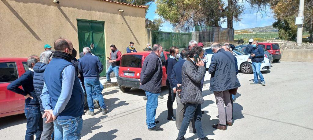 Protestano gli agricoltori a Grotticelli
